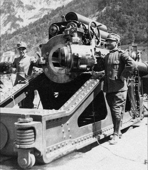 Schweres italienisches Belagerungsgeschütz
